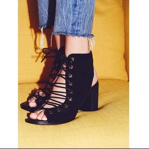 Free People Minimal Lace Up Heel size 6 NEW